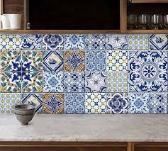 zellige de cuisine crédence cuisine en carreaux de ciment zellige par bleucoin