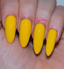 kiko 279 yellow nail varnish talonted lex