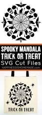 halloween trick or treat bags to make spooky mandala