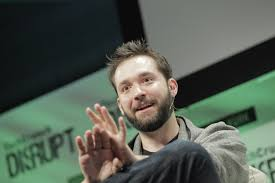 reddit co founder alexis ohanian and serena williams are getting