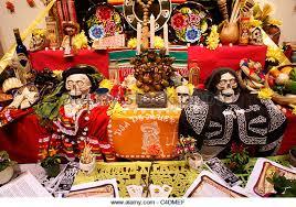 dia de los muertos decorations dia de muertos stock photos dia de muertos stock images alamy