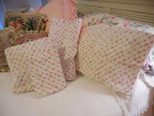 Shabby Chic Queen Sheets by Simply Shabby Chic Pink Rose Cottage Eyelet Scalloped Hem Queen