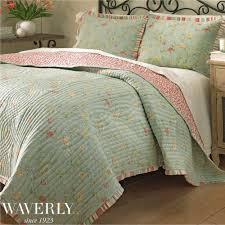 garden glitz reversible floral quilt by waverly floral bedding