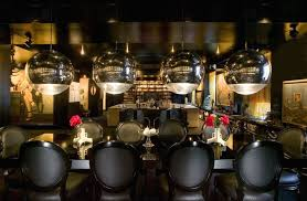 black lacquered interior and furnishings decorating in black