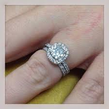 my wedding ring help my engagement ring is stuck on my finger lewis malka