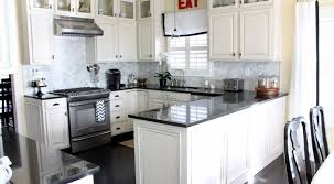 Kitchen Colors For White Cabinets by Decor Stunning Kitchens With White Cabinets Design Stunning