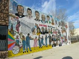 new condos with a mural view yochicago outdoor murals aren t just the province of pilsen we spotted this wall of respect in grand boulevard across from the 12 unit new construction building at