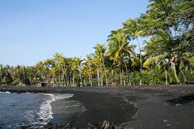 file punaluu black sand beach hawaii usa8 jpg wikimedia commons