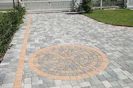 Choosing The Right Paver Color Our 3 Favorite Driveway Brick Paving Patterns Pacific Pavingstone