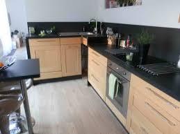cuisine noir laqué plan de travail bois awesome cuisine noir plan de travail bois blanc images design avec