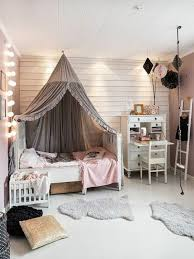 schöne kinderzimmer kinderzimmer mädchenzimmer schöne lichtkette betthimmel s