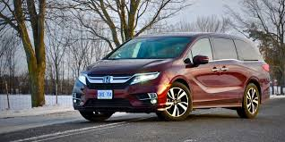 odyssey car reviews and news at carreview minivan review 2018 honda odyssey touring driving