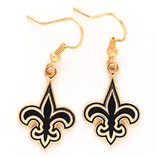 step out in todays style in this fleur de lis fashion jewelry at