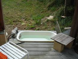 usual desaign picture low white old bath tub for outdoor in wooden
