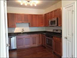cost of refacing cabinets how much does refacing kitchen cabinets
