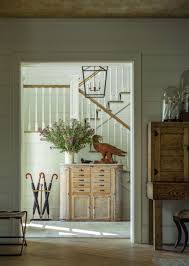 Modern Design Furniture Vt by Traditional Farmhouse Style Dwelling In Vermont With A Modern Twist