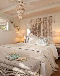 Comfy Cottage Style Bedroom Ideas - Cottage bedroom ideas