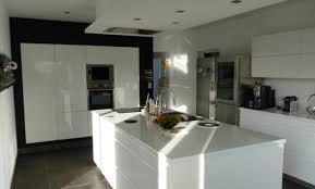 hotte ilot cuisine décoration cuisine avec hotte ilot 12 vitry sur seine