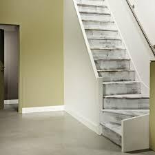 escalier peint 2 couleurs la rénovation d u0027escalier saint maclou saint maclou