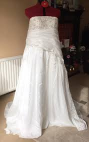 wedding dress in uk donate a wedding dress uk