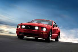 fifth generation mustang 2008 ford mustang overview cars com