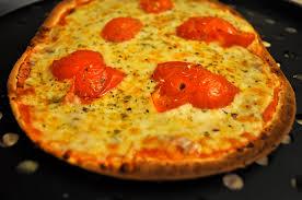 how to make the perfect flatout pizza flatoutbread