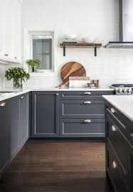 two tone kitchen cabinets colours 6 two toned kitchen cabinets the combo you should try for