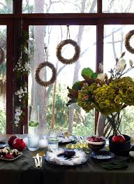 How To Style A Stunning Black Christmas Table Setting We Are Scout - Design a table setting