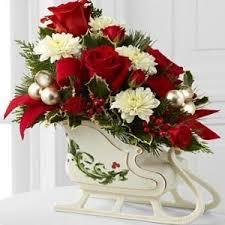 christmas table flower arrangement ideas christmas centerpiece christmas florals pinterest christmas