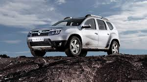 renault duster 2017 white renault duster wallpapers daily backgrounds in hd on wallpaper for