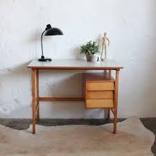 bureaux vintage bureau vintage ées 50 style scandinave atelier du petit parc