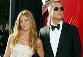 Jennifer Aniston Wedding Ring by Jennifer Aniston And Brad Pitt Wedding Facts Popsugar Celebrity