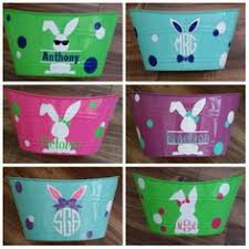 personalized easter buckets these easter baskets jen made using dollar store buckets vinyl
