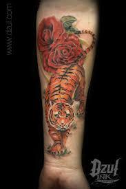 tiger tattoo designs pictures symbolism best 25 realistic tiger tattoo ideas on pinterest tiger tattoo