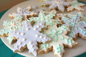 snowflake sugar cookies snowflake sugar cookies she makes and bakes