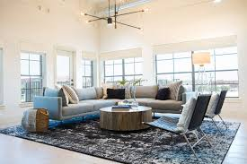 joanna gaines light fixtures chip and joanna gaines remodel apartment on fixer upper people com