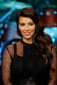 kim kardashian considers eating her placenta during family dinner