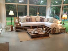 Seating Out Of Pallets by Best 25 Pallet Sofa Ideas On Pinterest Pallet Furniture Palet