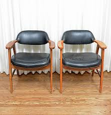 Mid Century Modern Armchairs Two Early 1960s Murphy Miller Mid Century Modern Chairs Ebth