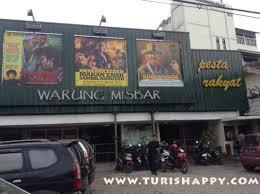 film bioskop indonesia jadul tak epan misbar dengan spanduk film picture of warung misbar