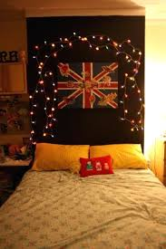 bedrooms with christmas lights christmas lights in bedroom janettavakoliauthor info