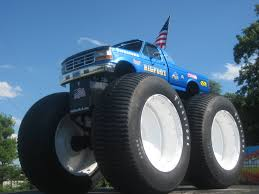 monster truck bigfoot video bigfoot 5 bigfoot 4 4 inc u2013 monster truck racing team