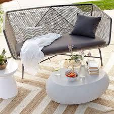 Modern Pool Furniture by Best 25 Modern Patio Ideas On Pinterest Patio Chairs Modern