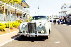 rolls royce classic classic rolls royce car free stock photo negativespace