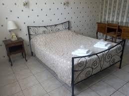 chambre hote aubrac chambres d hotes aubrac gîte d etape et chambres d hôtes sur l aubrac