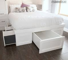 How To Build A Twin Platform Bed With Drawers by Diy Storage Beds U2022 The Budget Decorator
