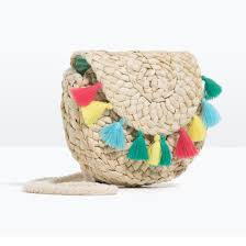 spring accessories trend straw wicker and raffia bags glamour