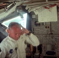 Lunar Module Interior Rare Photos Reveal Fascinating Views Of The Apollo 11 Moon Landing
