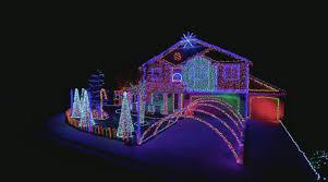 the great christmas light show dubstep cadger family light show the great christmas light fight