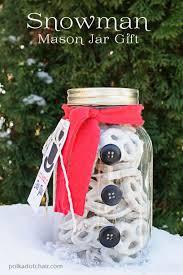 snowman mason jar craft gift idea chocolate dipped pretzels